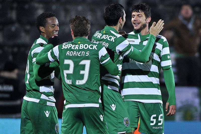 Tobias Figueiredo festeja o primeiro golo pelo Sporting