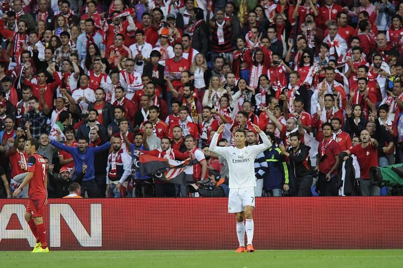 Ronaldo bisa na Supertaça Europeia