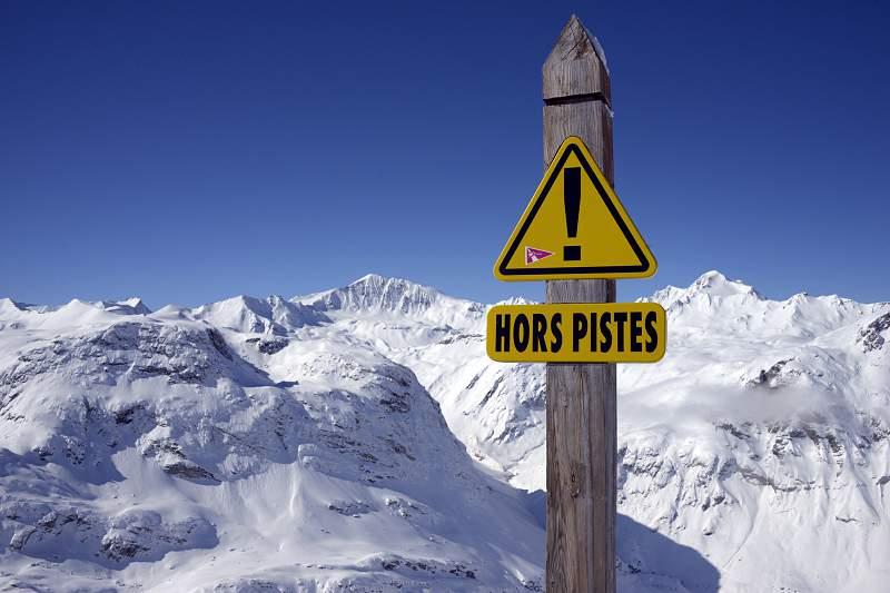 Grande Prémio de Val d'Isere de esqui alpino cancelado por falta de neve