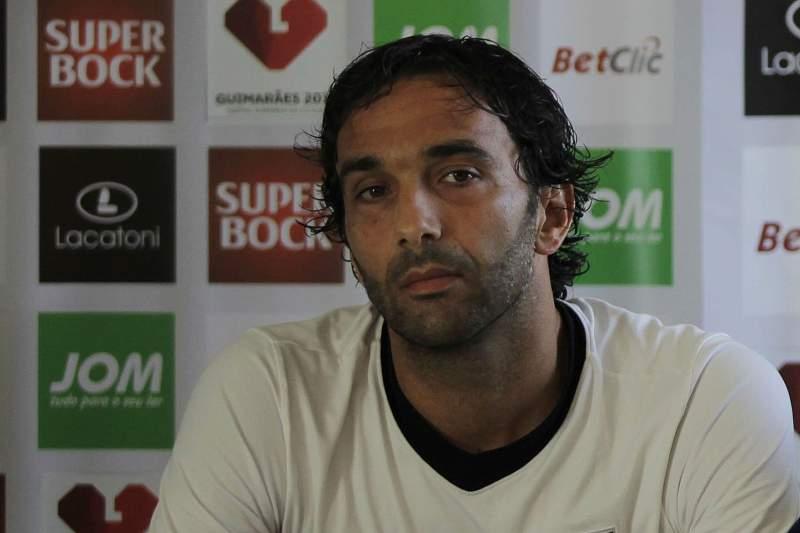 Flávio Meireles enquanto jogador do Vitoria