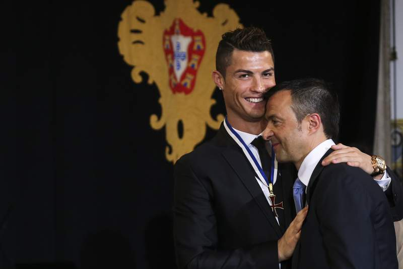 Cristiano Ronaldo received the degree of Grand Officer of the Order of Infante D. Henrique