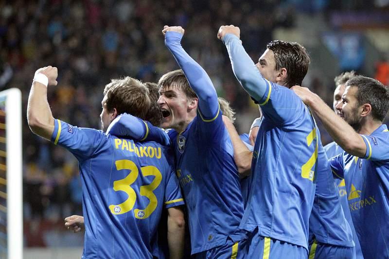 Denis Polyakov do BATE celebra o golo