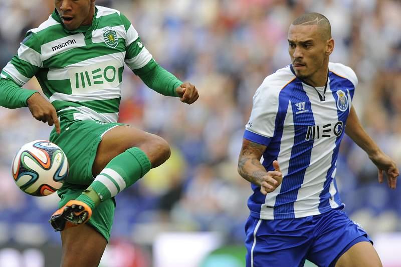 Maicon lamentou derrota com Sporting