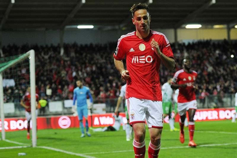 Jonas celebra o terceiro golo em Moreira de Cónegos