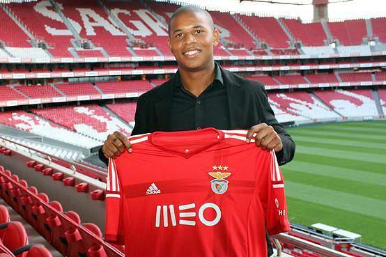 Luís Filipe deixa Benfica
