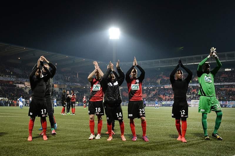 Guingamp e Auxerre nas meias-finais da Taça de França de futebol