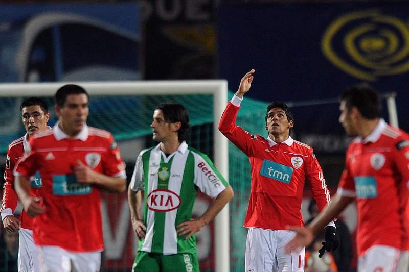 Franco Jara celebra um golo no Bonfim.