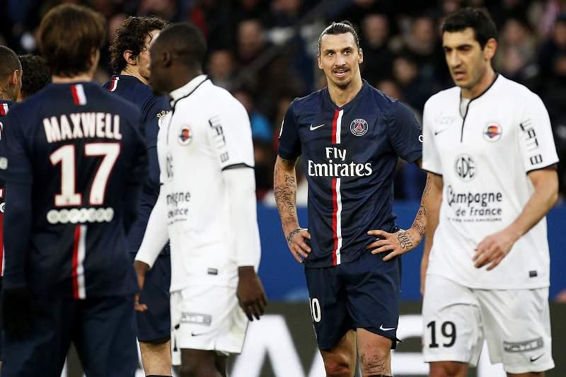Zlatan Ibrahimovic reage ao empate do PSG com o Caen