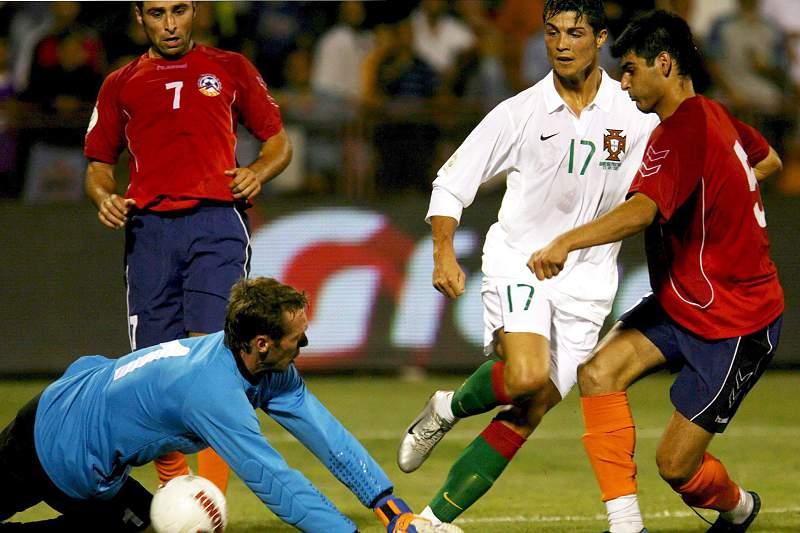 Ronaldo durante o Arménia-Portugal de 2008