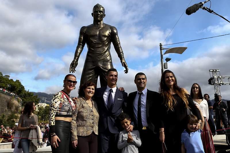 Cristiano Ronaldo não esperava ter uma estátua em vida