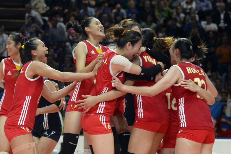 Voleibol feminino, China celebra a vitória