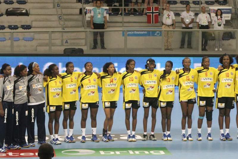 Seleção feminina de andebol angolana
