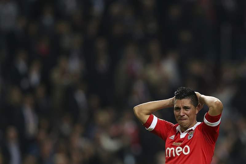 Enzo Pérez deixa o Benfica
