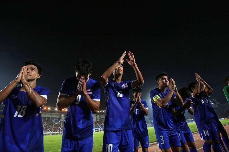 Jogadores de Timor Leste celebram vitória