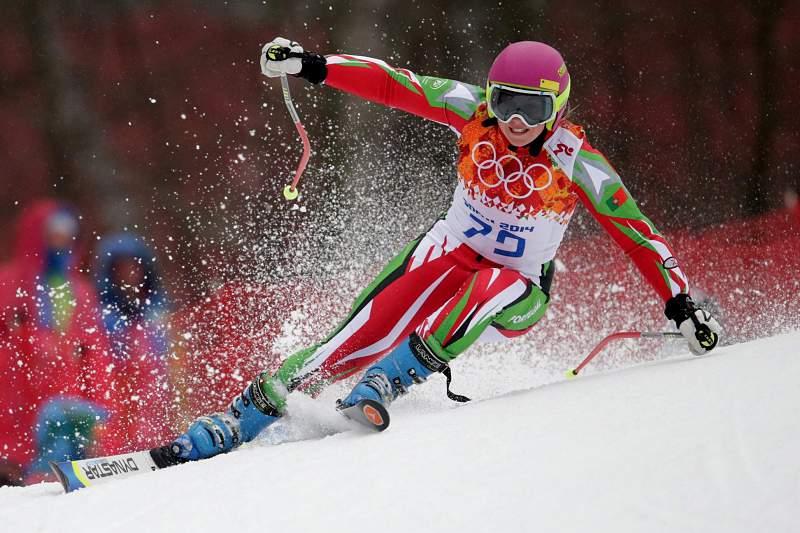 Esquiadora portuguesa de 17 anos estreia-se em Socchi