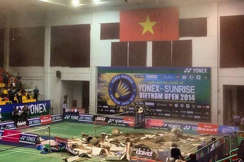 Torneio de badminton interrompido no Vietname devido ao colapso do teto