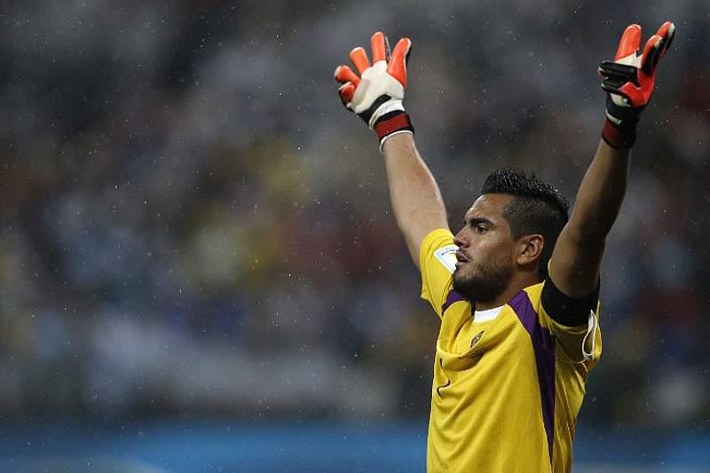 Romero festeja