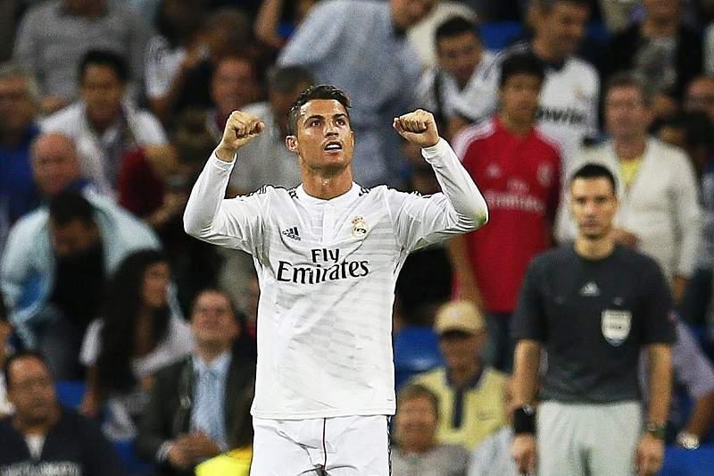 Ronaldo celebra golo contra o Basileia na Champions