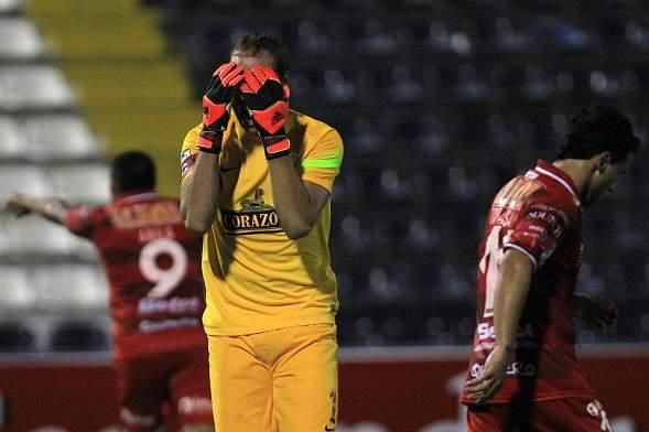 Allianza Lima goleado pelo Huracan na Taça Libertadores