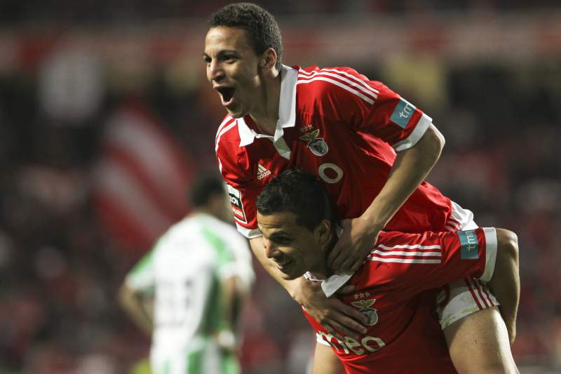 Rodrigo com a camisola do Benfica