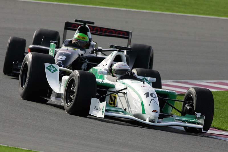 Andrea de Cesaris morre aos 55 anos