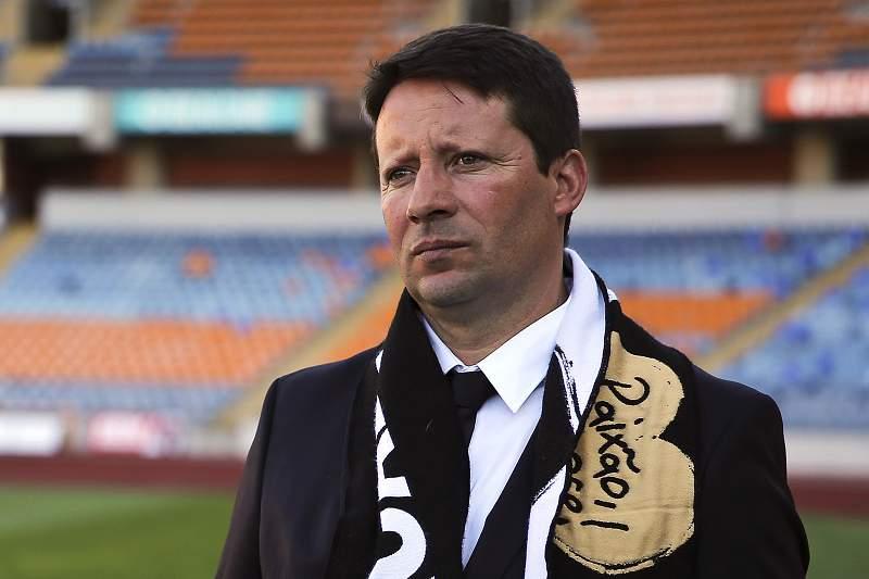 Paulo Sérgio apresentado como treinador da Académica de Coimbra