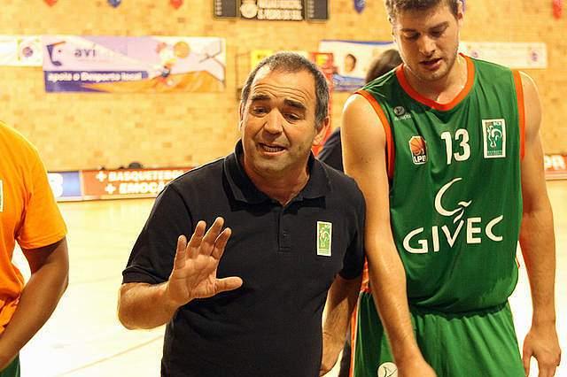 Terceira Basket segue em frente na Taça de Portugal