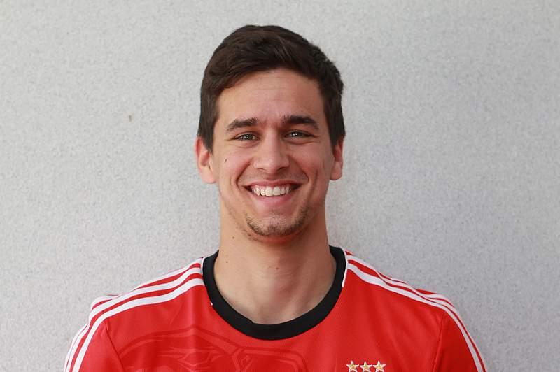 Rui Fonte cedido pelo Benfica ao Belenenses