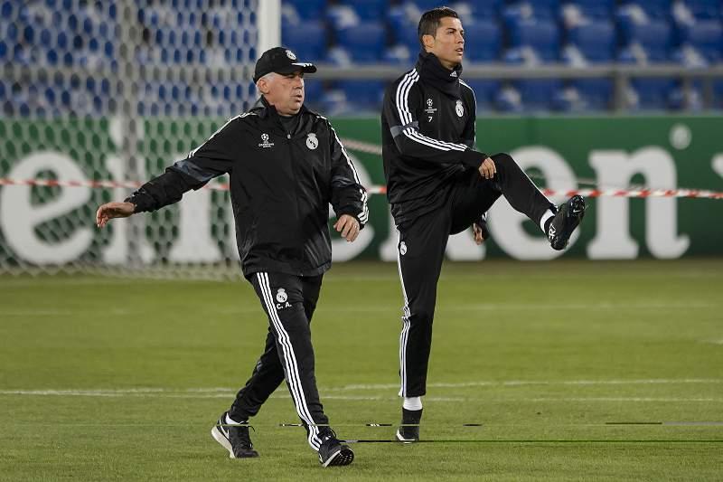 Ronaldo ajudou Ancelotti a bater Mourinho