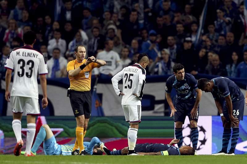 Danilo lesionou-se num choque com Fabiano