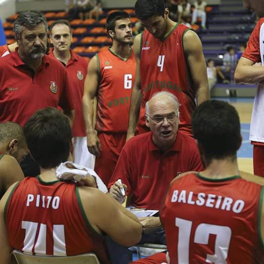 Mario Palma dá indicações a Portugal