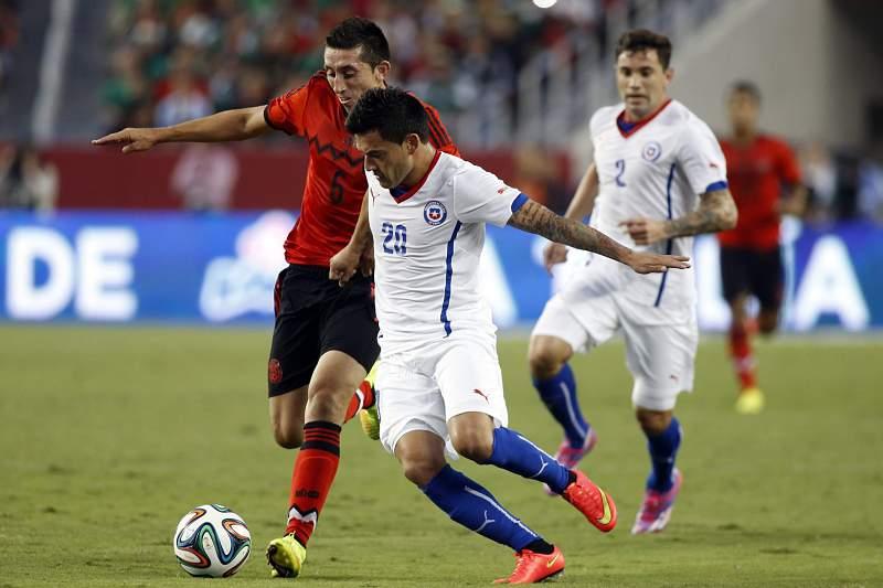 México e Chile empataram em jogo particular