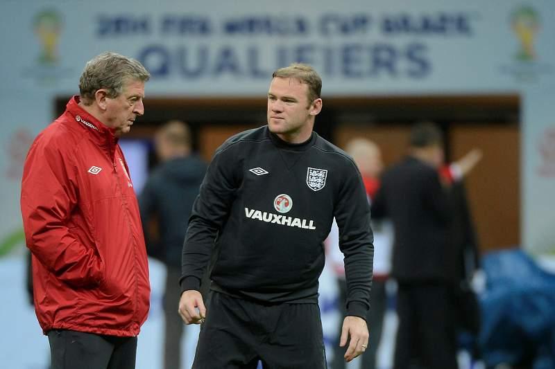 Rooney jogará a avançado com Hodgson