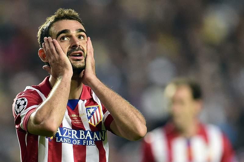 Adrian Lopez com camisola do Atlético Madrid
