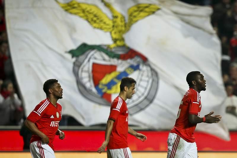 Resumo: Benfica venceu o Guimarães por 3-0