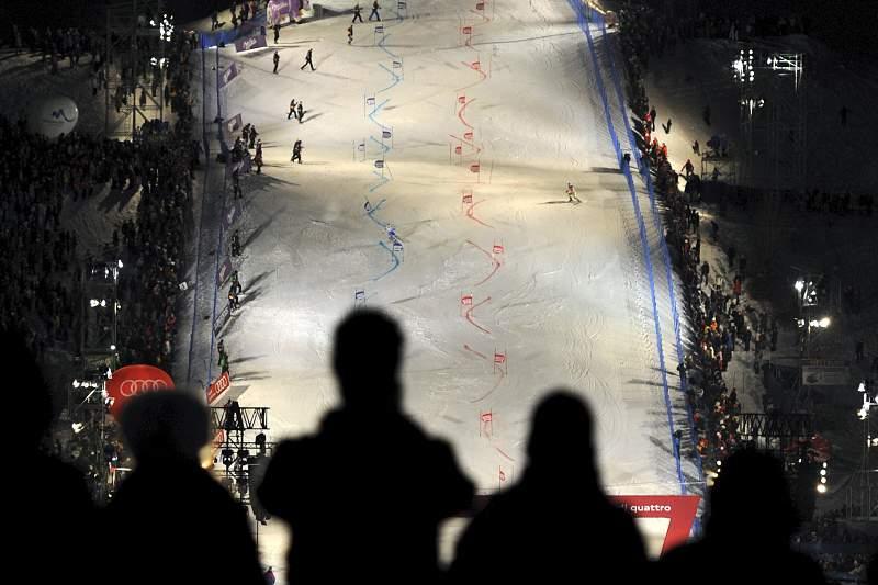 Provas da Taça do Mundo de esqui alpino de Munique anuladas devido à falta de neve