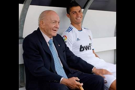 Ronaldo triste por morte de Di Stéfano