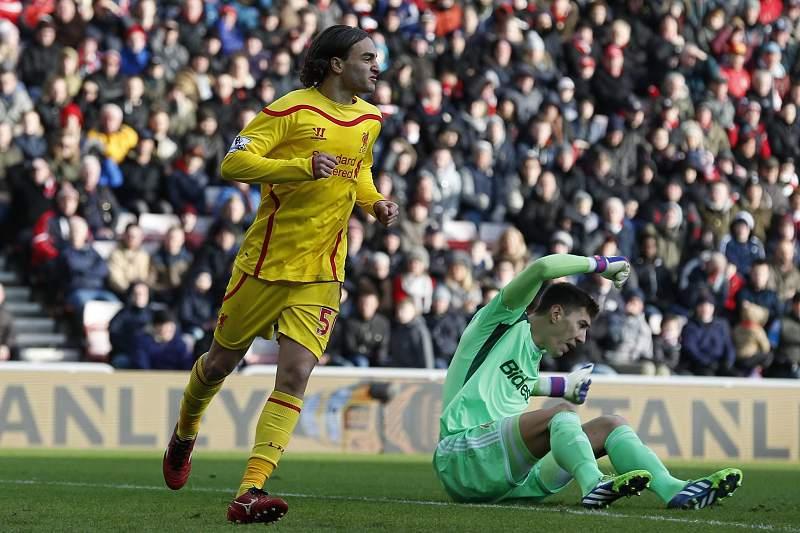 Lazar Markovic celebra golo pelo Liverpool