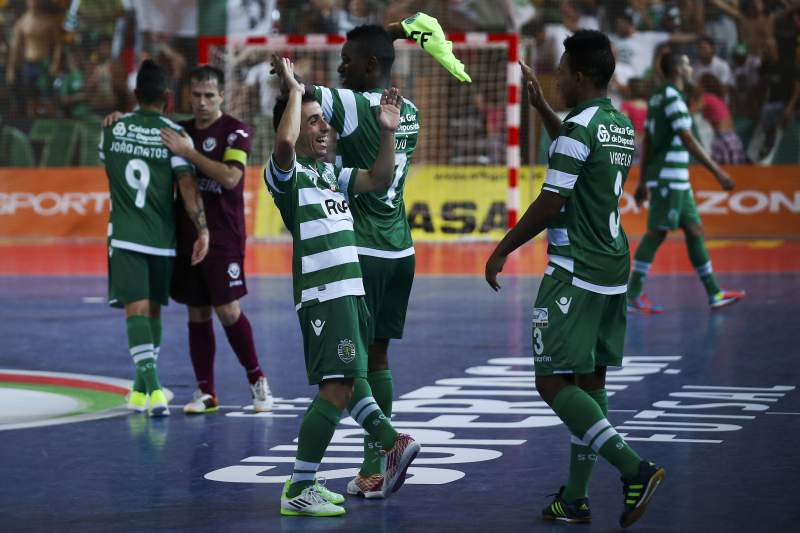Sporting vence a Supertaça de futsal