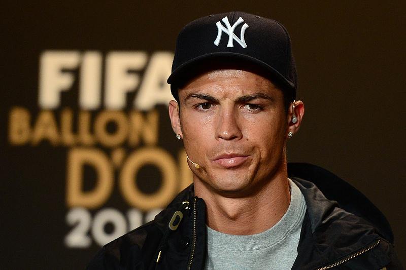 Afinal, Cristiano Ronaldo vai à cerimónia da Bola Ouro 2013