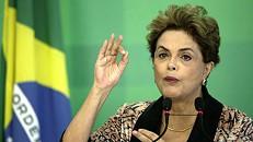 """Rousseff promete lutar """"em todas as trincheiras"""" contra destituição"""