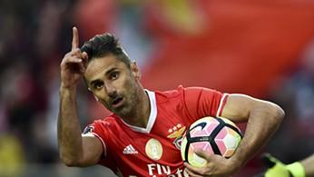 Jonas fez o que mais nenhum brasilero conseguiu no Benfica