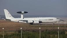 NATO analisa pedido dos EUA para utilizar aviões-radar contra Estado Islâmico
