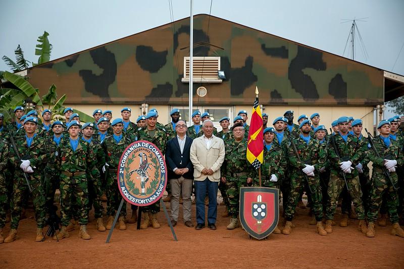 António Costa visita militares na República Centro – Africana