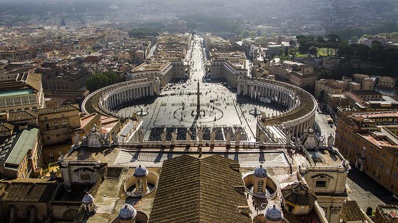 Resultado de imagem para Há um novo santo português. Papa Francisco proclamou santo o padre Ambrósio Francisco Ferro