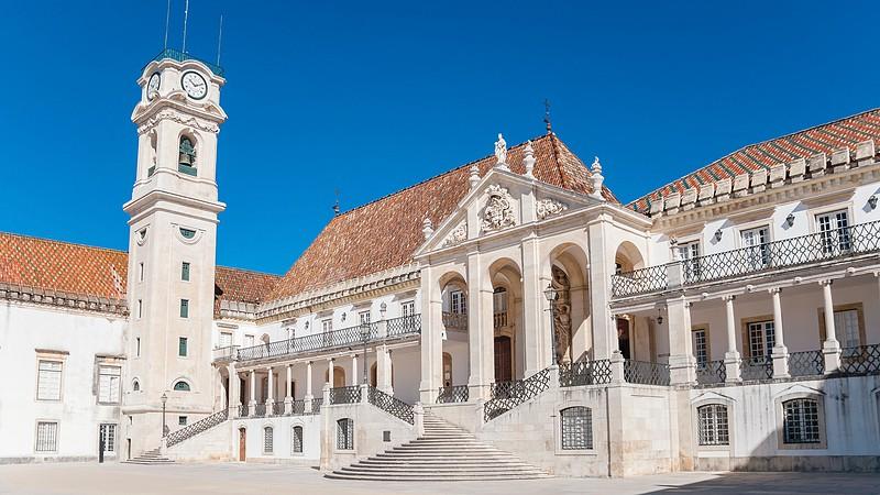 Resultado de imagem para Universidade de Coimbra compra a mais antiga residência de estudantes da cidade