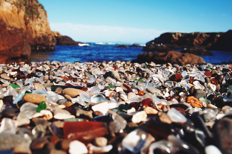 Glass Beach. Foto:  Lisa Nottingham/CC BY 2.0