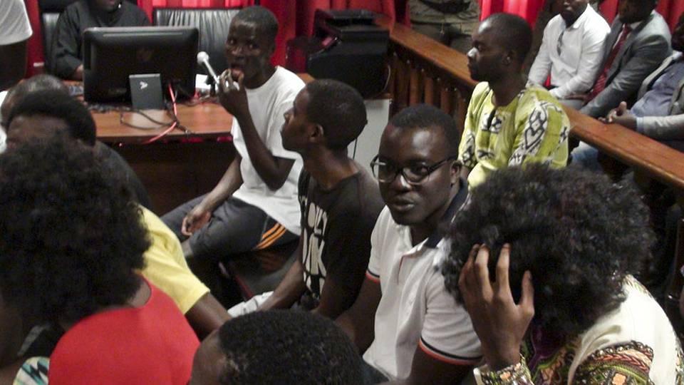 Ativistas angolanos vão ser libertados por decisão do Supremo