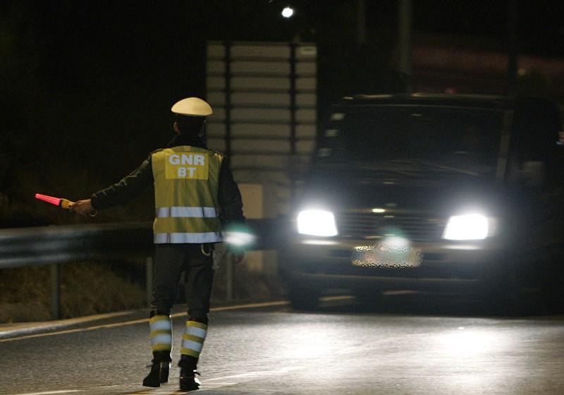 Resultado de imagem para GNR deteve 59 pessoas durante a noite