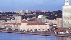 Angola emite 30 MEuro em dívida para capitalizar Fundo de Garantia de Crédito